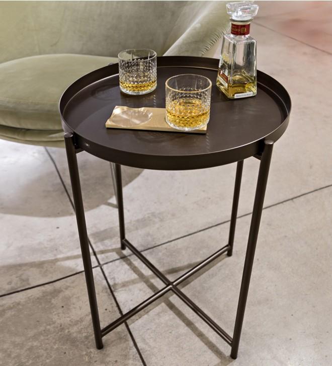 Mesa con bandeja