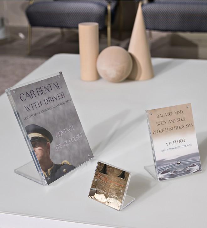 Exhibidor para información e imágenes en formato A6 y A7