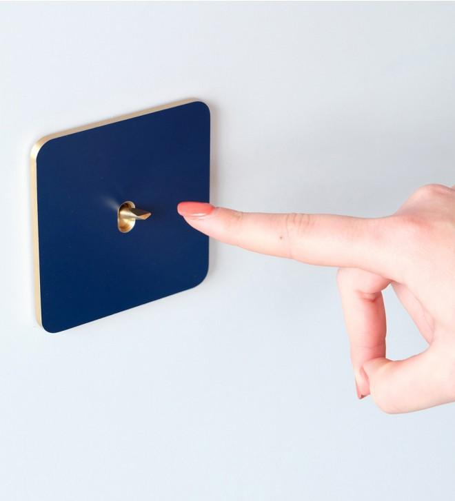 Mecanismos con interruptor con manecilla